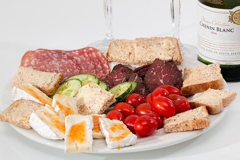 wining and dining Villa Kempen-Broek